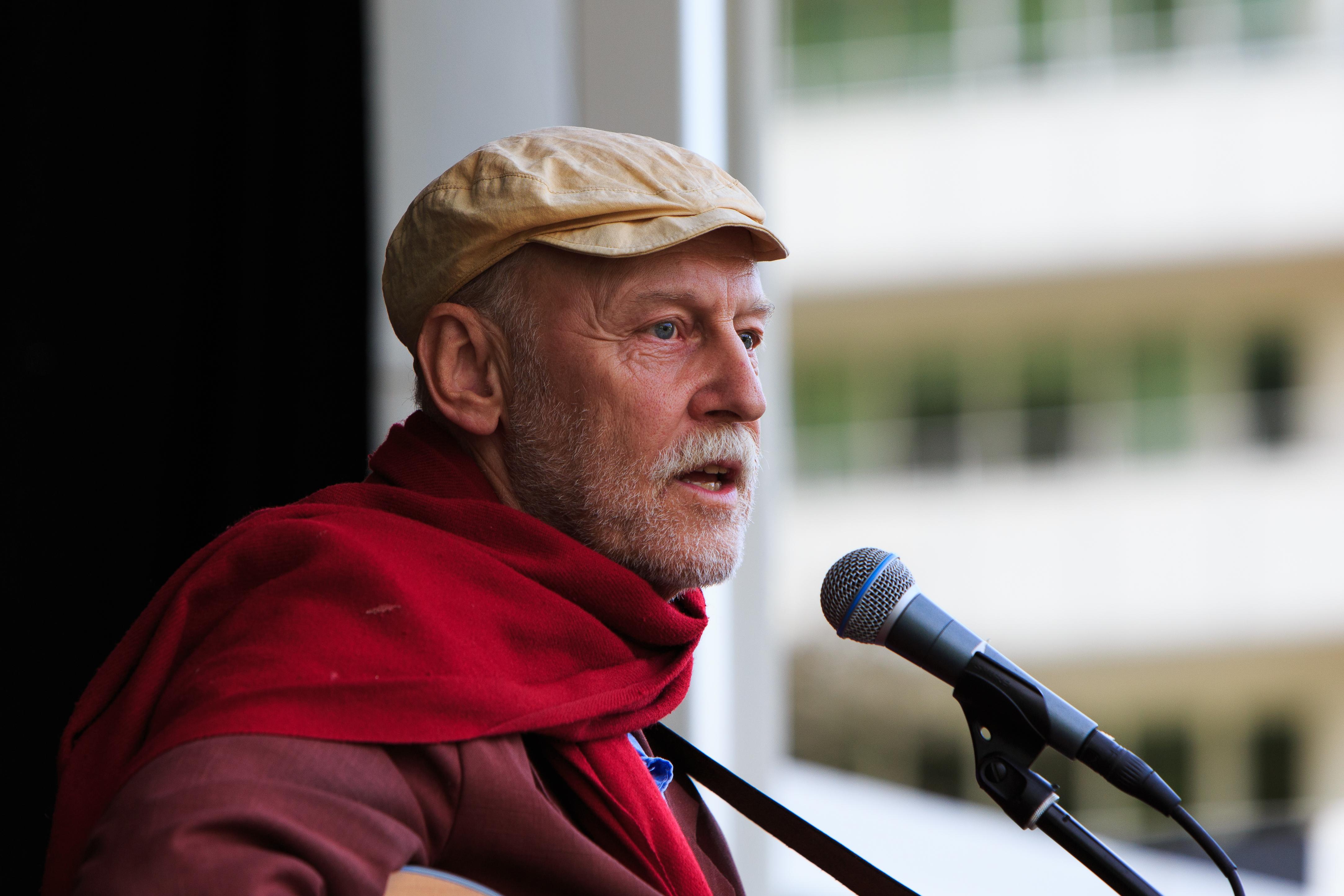 Jan Hammarlund.